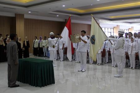 Angkat Sumpah Perawat Stikes Jenderal A. Yani Cimahi
